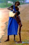 This woman's act of humanity in kenya.hit SHARE if you're touched